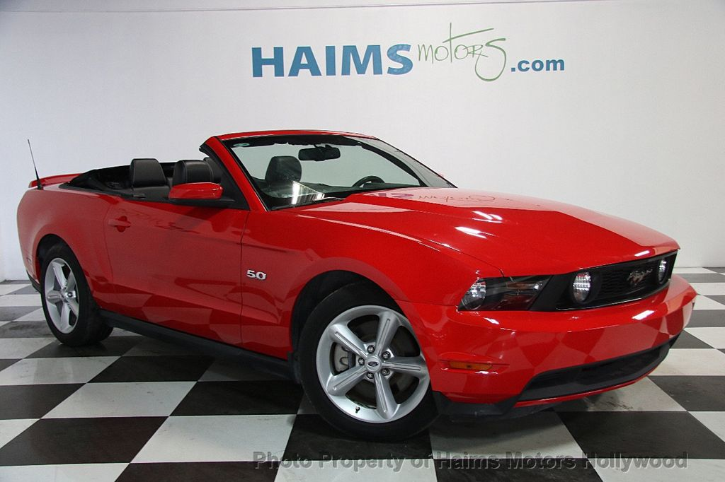 2012 Ford Mustang 2dr Convertible GT - 17235647 - 3