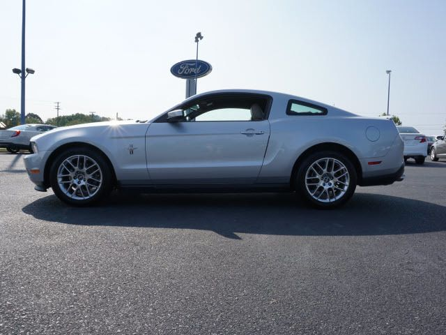 2012 Ford Mustang 2dr Coupe V6 Premium - 14051021 - 1