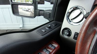 """2012 Ford Super Duty F-250 SRW 4WD Crew Cab 156"""" King Ranch - Click to see full-size photo viewer"""