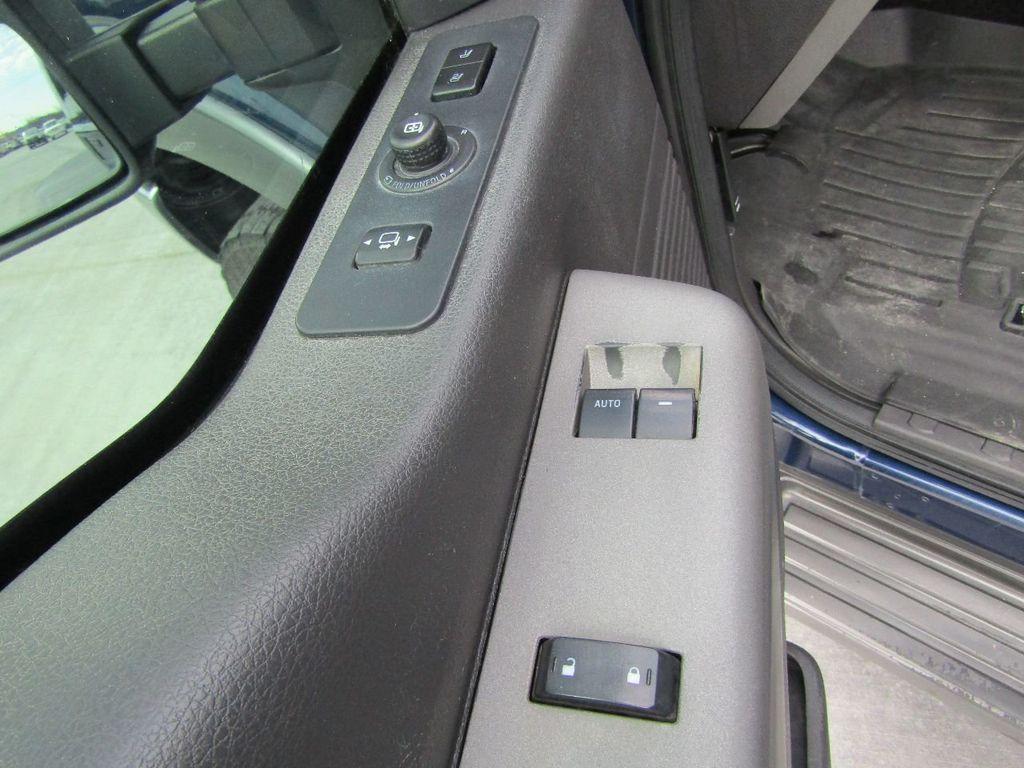 "2012 Ford Super Duty F-250 SRW 4WD SuperCab 142"" Lariat - 17521747 - 25"