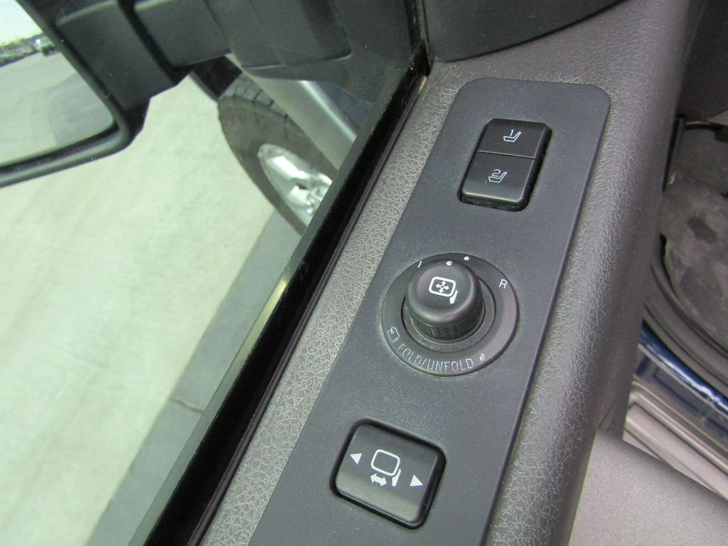 "2012 Ford Super Duty F-250 SRW 4WD SuperCab 142"" Lariat - 17521747 - 26"