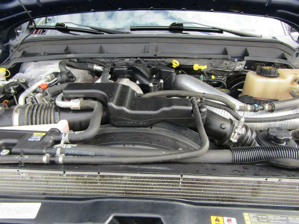 "2012 Ford Super Duty F-250 SRW 4WD SuperCab 142"" Lariat - 17521747 - 31"