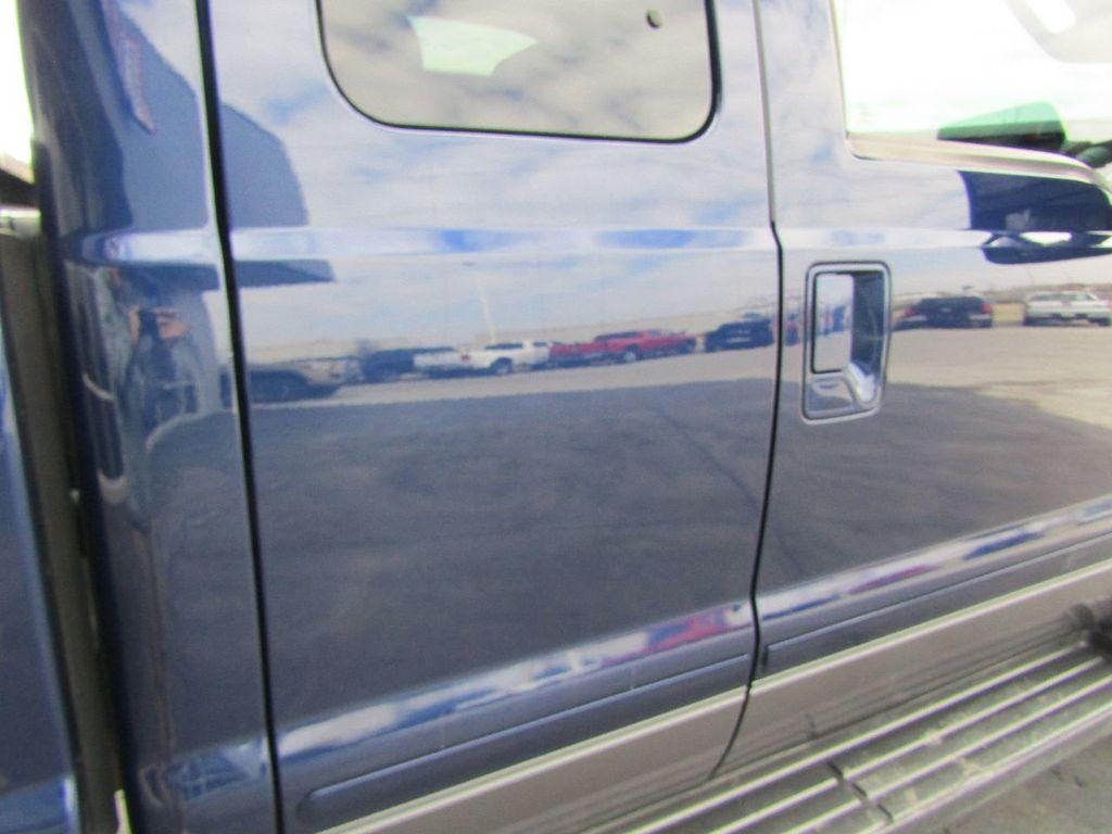 "2012 Ford Super Duty F-250 SRW 4WD SuperCab 142"" Lariat - 17521747 - 38"