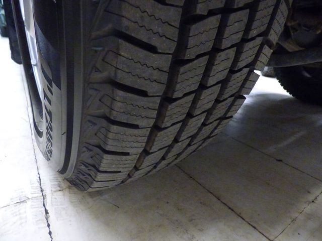 2012 Ford Super Duty F-250 SRW NEW TIRES JUST SERVICED NEW BRAKES - Click to see full-size photo viewer