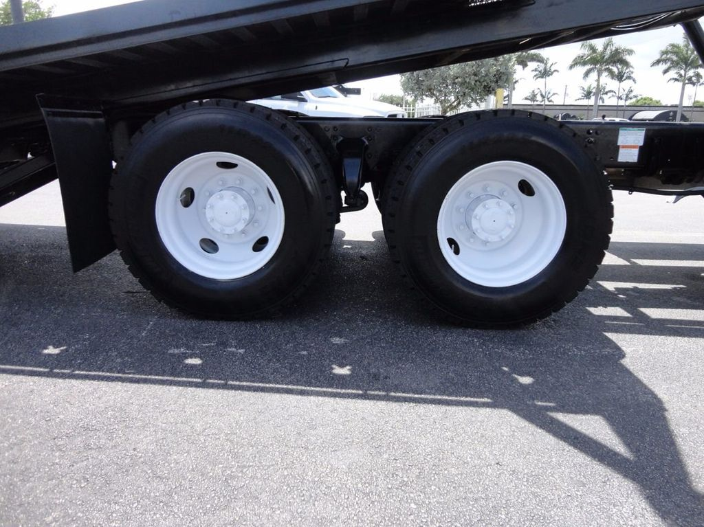 2012 Freightliner BUSINESS CLASS M2 TANDEM AXLE.. JERR-DAN 28FT INDUSTRIAL 15 TON ROLLBACK - 16601672 - 19