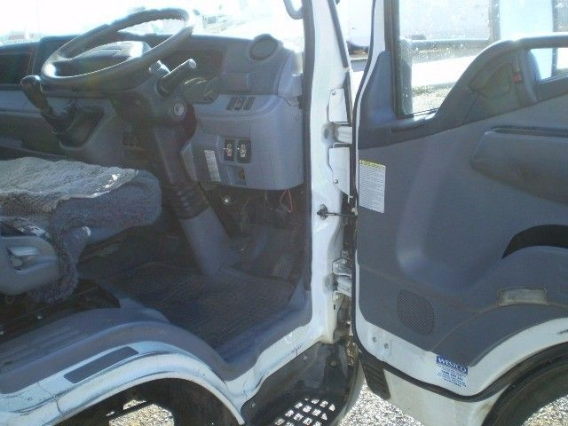 2012 Fuso Canter 515 4x2 - 16715497 - 9