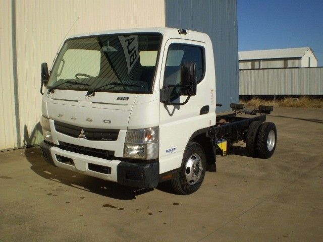 2012 Fuso Canter 515 4x2 - 16715497 - 1