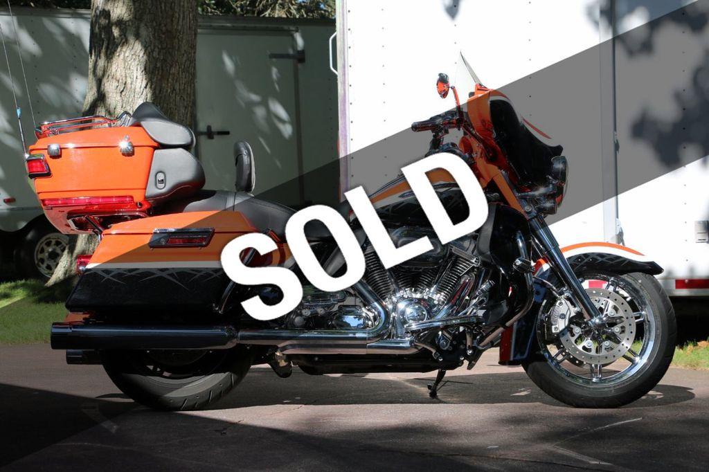 2012 Harley-Davidson FLHTCUSE7 - CVO Ultra Classic Electra Glide - 15514611 - 0