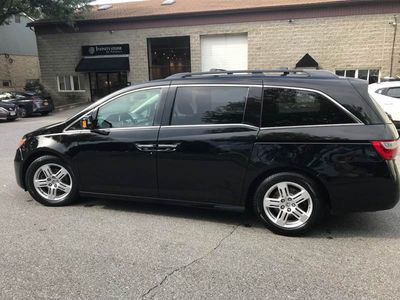 2012 Honda Odyssey Touring 4dr Mini Van - Click to see full-size photo viewer