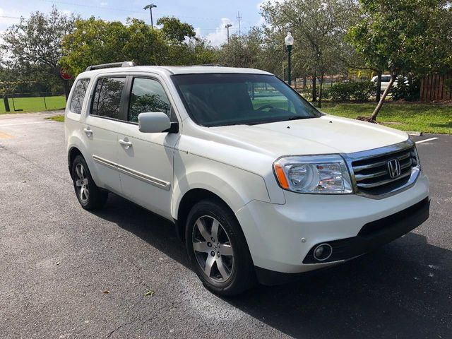 2012 Honda Pilot 2WD 4dr Touring w/RES & Navi - Click to see full-size photo viewer