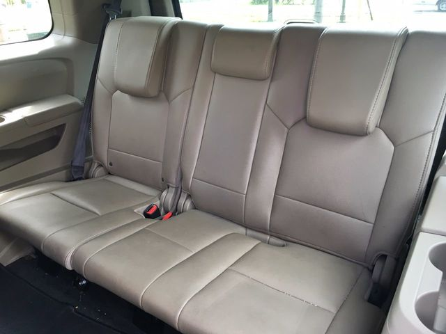 2012 Honda Pilot 4WD 4dr Touring w/RES & Navi - Click to see full-size photo viewer