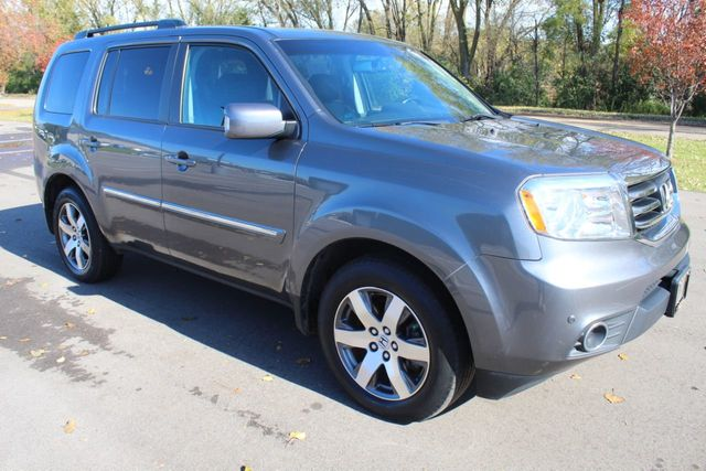 2012 Honda Pilot ONE OWNER AWD TOURING 3RD ROW NAVIGATION DVD LEATHER MOONROOF