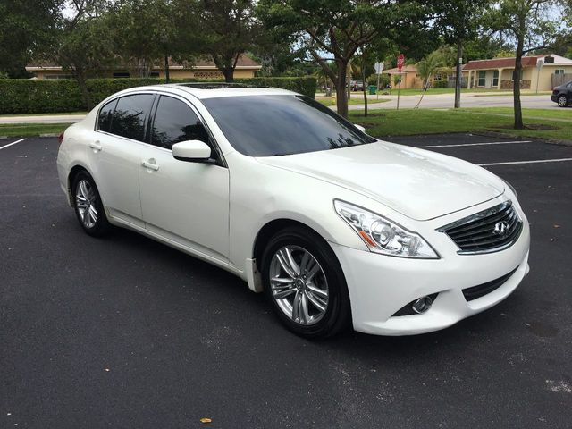 2012 INFINITI G25 Sedan 4dr Journey RWD - Click to see full-size photo viewer