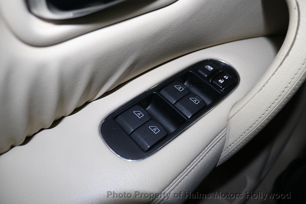 2012 INFINITI QX56 2WD 4dr 7-passenger - 18618526 - 30