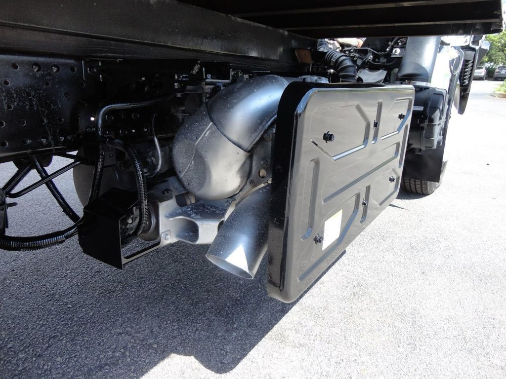 2012 Isuzu NPR 14FT DRY BOX CARGO BOX TRUCK WITH PULL OUT RAMP - 17964349 - 19