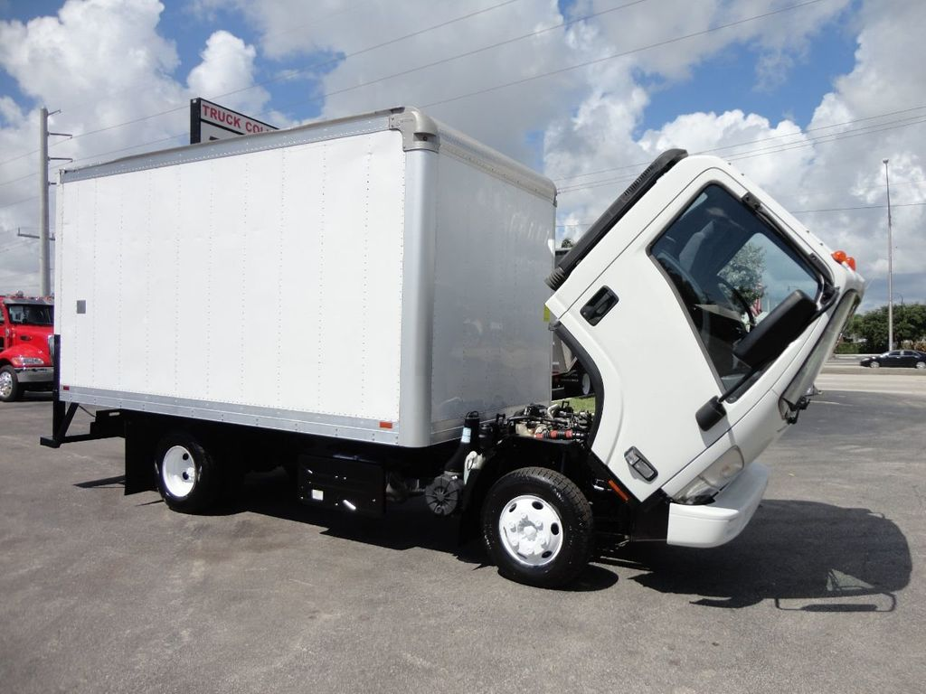 2012 Isuzu NPR 14FT DRY BOX CARGO BOX TRUCK WITH PULL OUT RAMP - 17964349 - 23