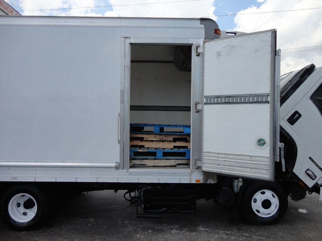2012 Isuzu NPR HD 16FT REFRIGERATED BOX / SELF CONTAINED CARRIER UNIT - 17538040 - 17