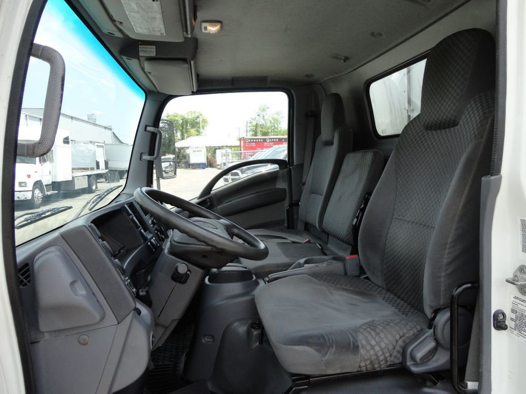 2012 Isuzu NPR HD 16FT REFRIGERATED BOX / SELF CONTAINED CARRIER UNIT - 17538040 - 34