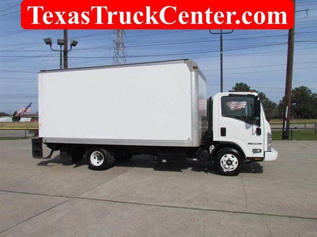 2012 Isuzu NPR HD Box Truck 4x2   12502371   0
