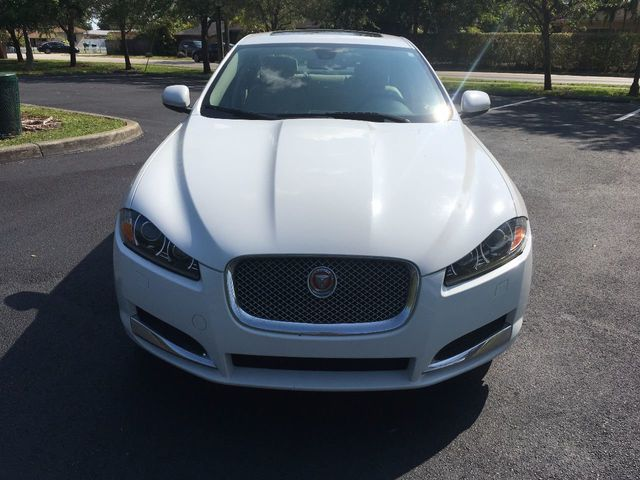 2012 Jaguar XF 4dr Sedan - Click to see full-size photo viewer
