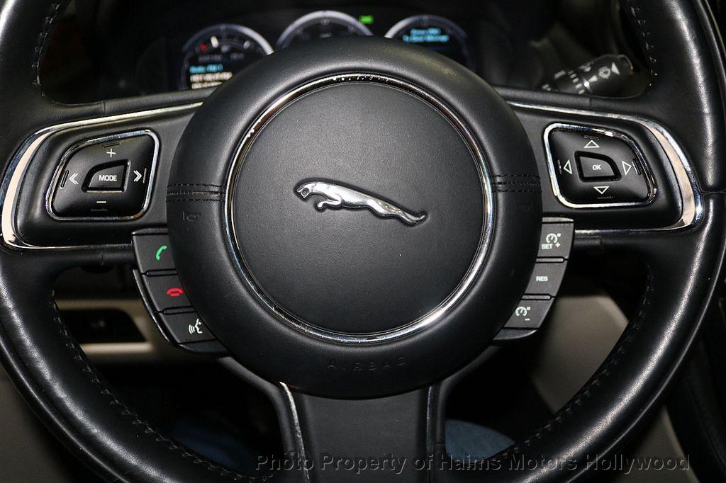 2012 Jaguar XJ 4dr Sedan XJL - 18581502 - 28