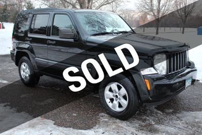 2012 Jeep Liberty 4WD SPORT  W/ NEW TIRES SUV