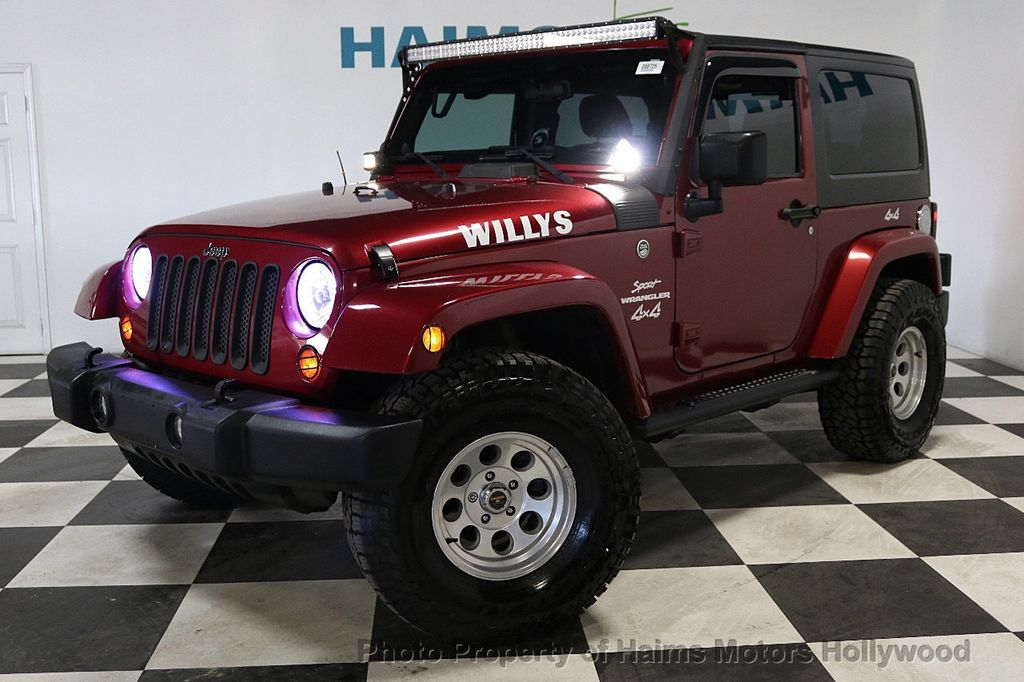 2012 Jeep Wrangler 4WD 2dr Freedom Edition - 18588730 - 10