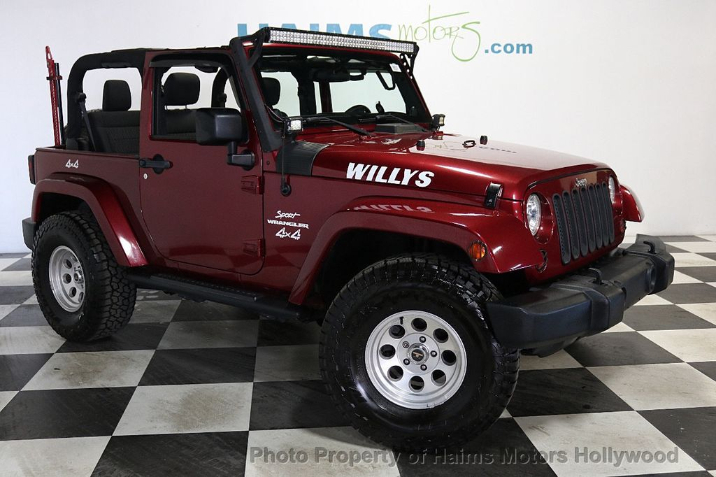 2012 Jeep Wrangler 4WD 2dr Freedom Edition - 18588730 - 4