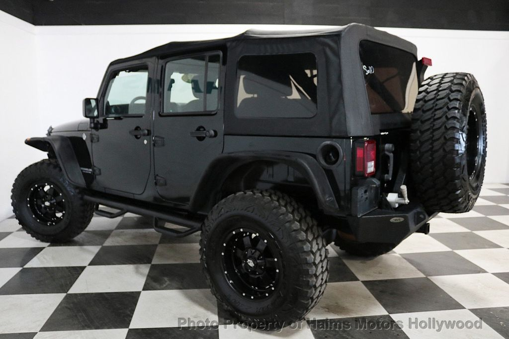 2012 Jeep Wrangler Unlimited 4WD 4dr Freedom Edition - 18327187 - 11