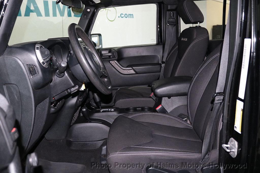 2012 Jeep Wrangler Unlimited 4WD 4dr Freedom Edition - 18327187 - 26