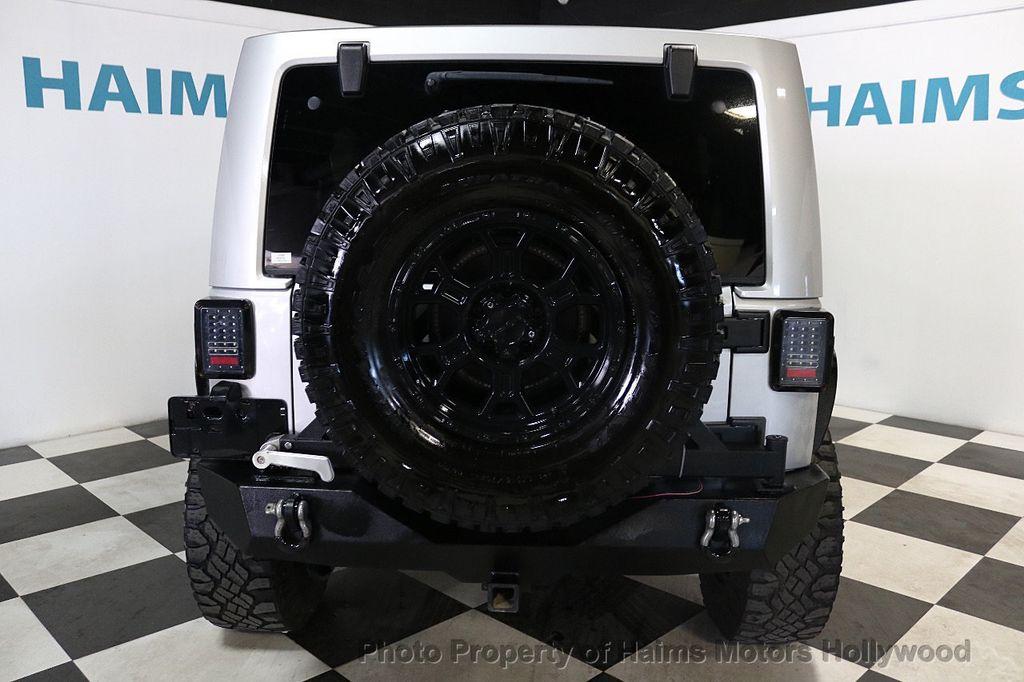 2012 Jeep Wrangler Unlimited 4WD 4dr Sahara - 18663321 - 13