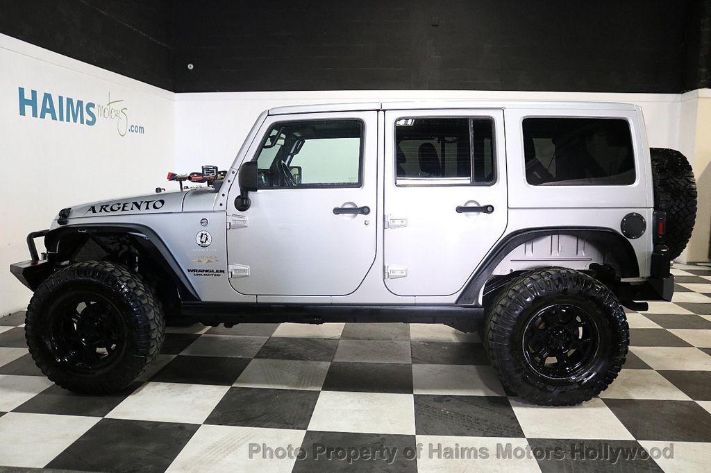 2012 Jeep Wrangler Unlimited 4WD 4dr Sahara - 18663321 - 15