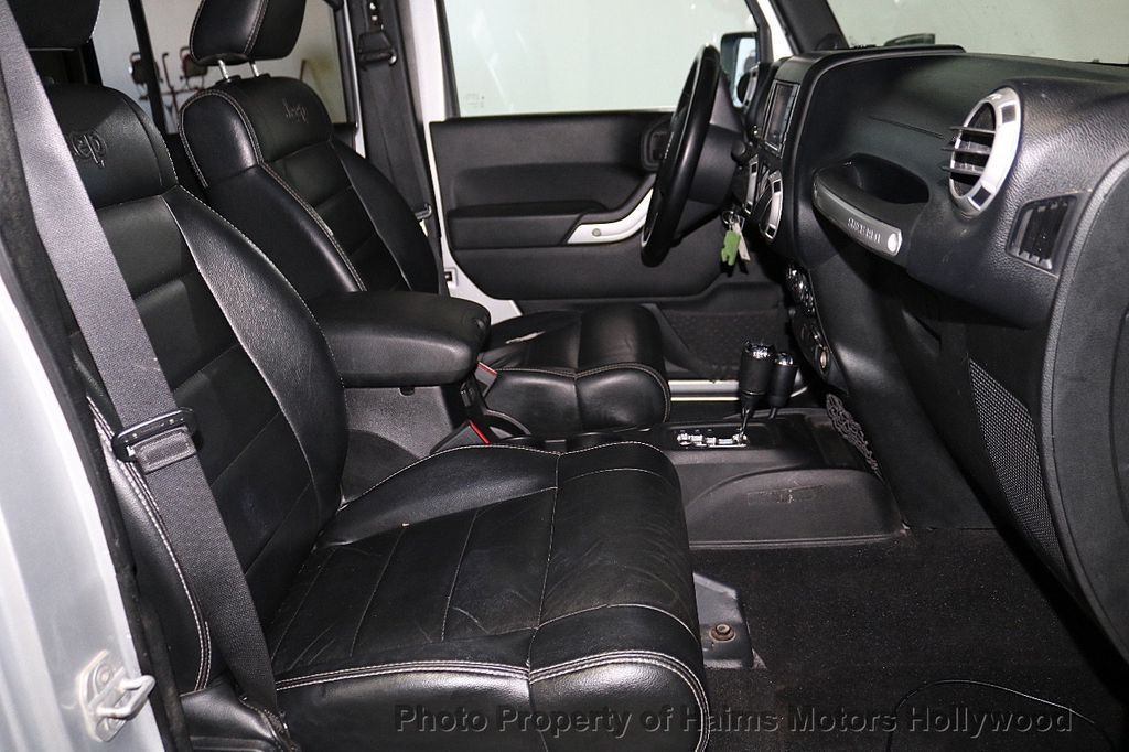 2012 Jeep Wrangler Unlimited 4WD 4dr Sahara - 18663321 - 22