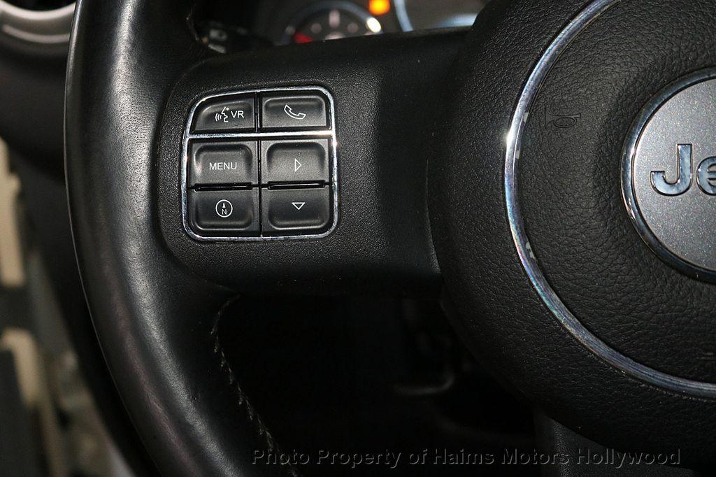 2012 Jeep Wrangler Unlimited 4WD 4dr Sahara - 18663321 - 31