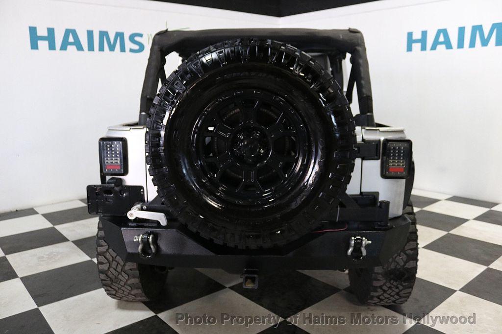 2012 Jeep Wrangler Unlimited 4WD 4dr Sahara - 18663321 - 5