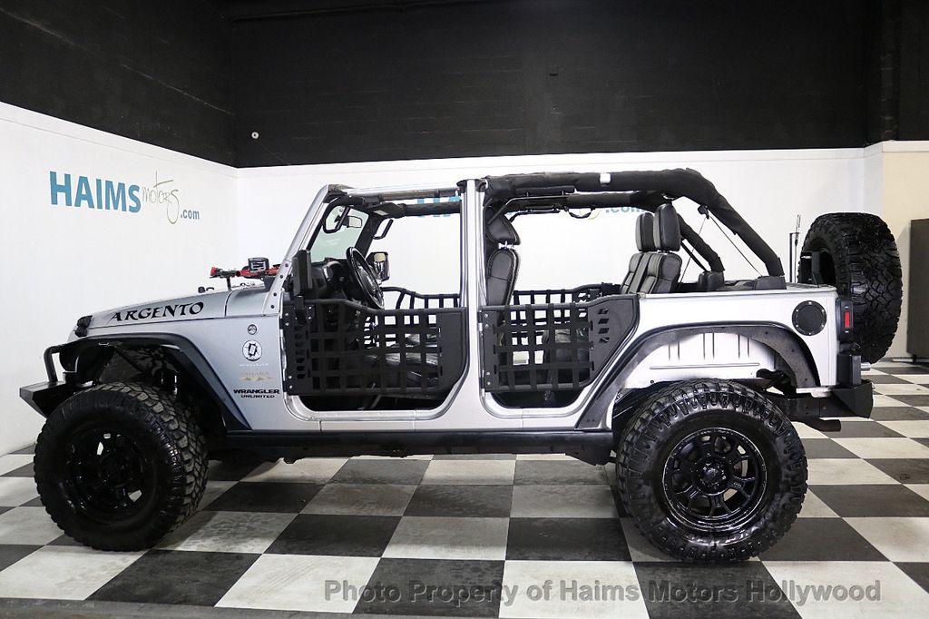 2012 Jeep Wrangler Unlimited 4WD 4dr Sahara - 18663321 - 7