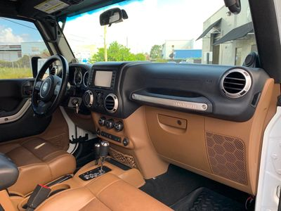 2012 Jeep Wrangler Unlimited 4WD 4dr Sahara - Click to see full-size photo viewer