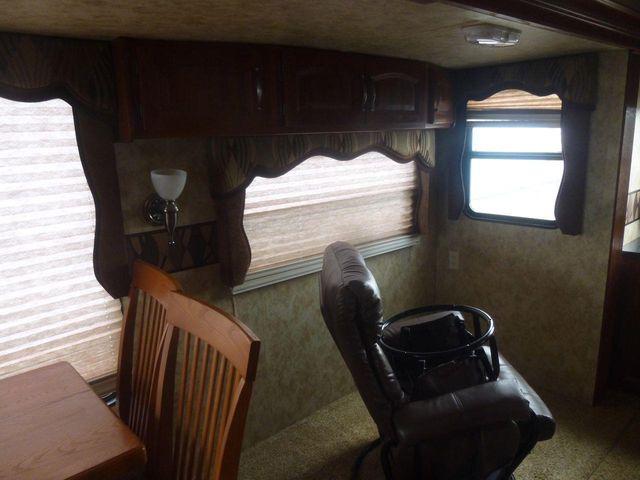 2012 Keystone COUGAR 327 RES
