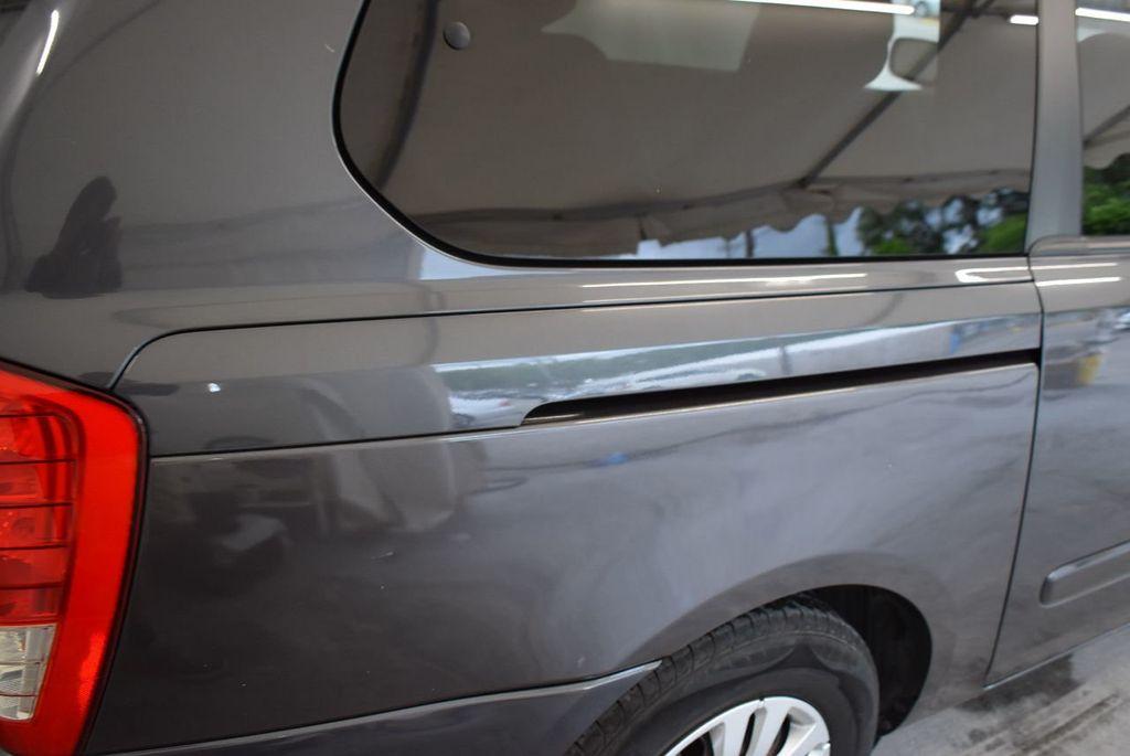 2012 Kia Sedona 4dr Wagon LX - 17924481 - 10