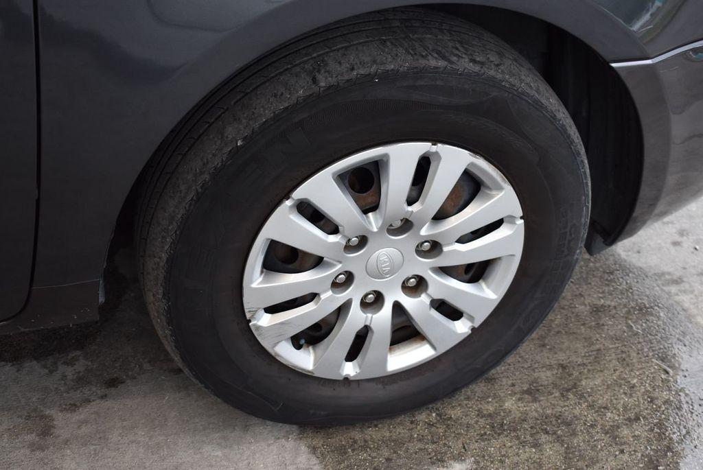 2012 Kia Sedona 4dr Wagon LX - 17924481 - 13