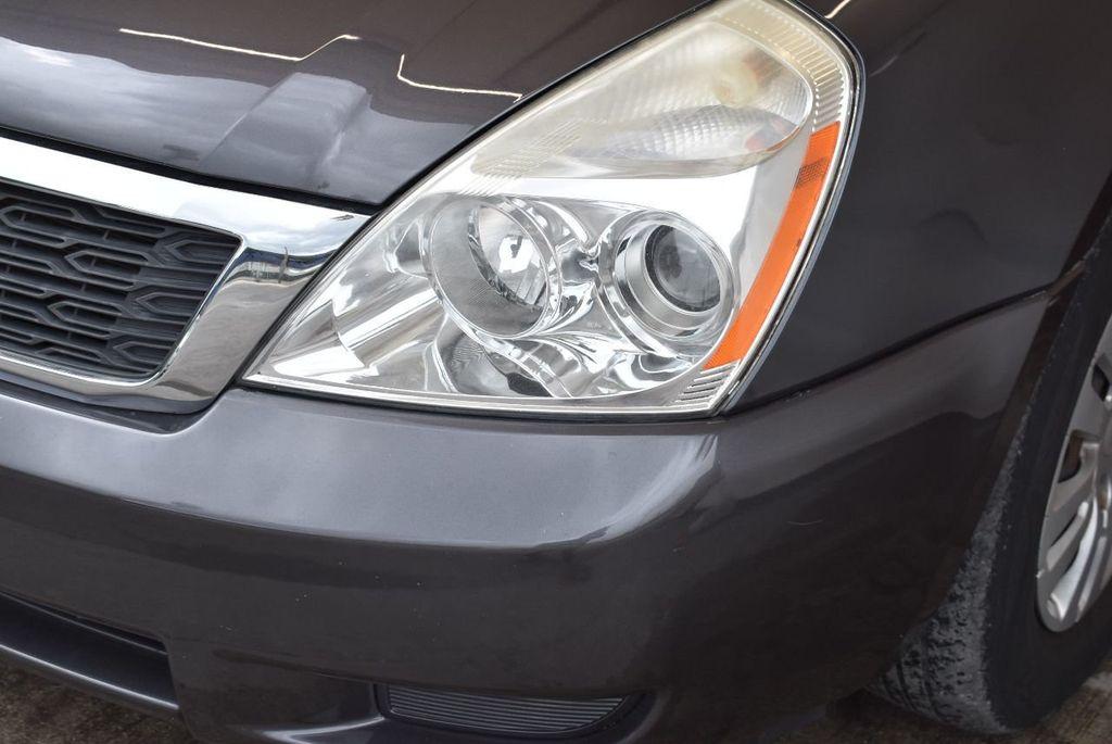 2012 Kia Sedona 4dr Wagon LX - 17924481 - 3