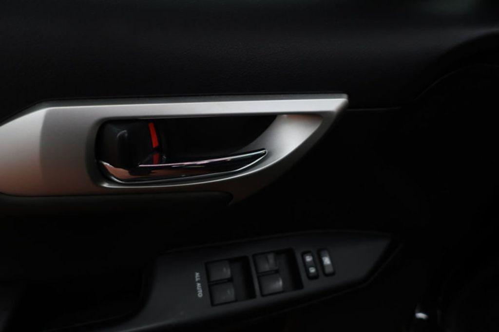 2012 Lexus CT 200h FWD 4dr Hybrid - 17034330 - 9