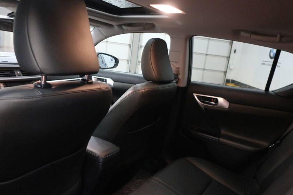 2012 Lexus CT 200h FWD 4dr Hybrid - 17034330 - 19