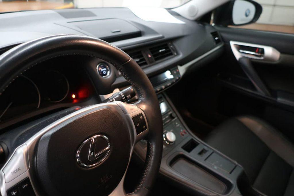 2012 Lexus CT 200h FWD 4dr Hybrid - 17034330 - 24