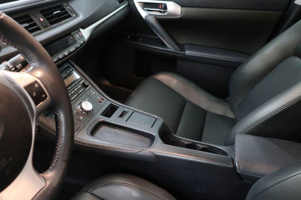 2012 Lexus CT 200h FWD 4dr Hybrid - 17034330 - 25