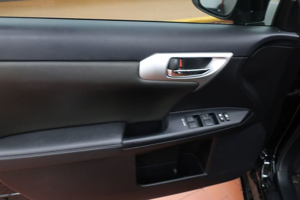 2012 Lexus CT 200h FWD 4dr Hybrid - 17034330 - 8