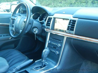 2012 Lincoln MKZ w/NAVIGATION & SUNROOF - Click to see full-size photo viewer