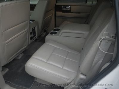 2012 Lincoln Navigator w/NAVIGATION & REAR DVD - Click to see full-size photo viewer