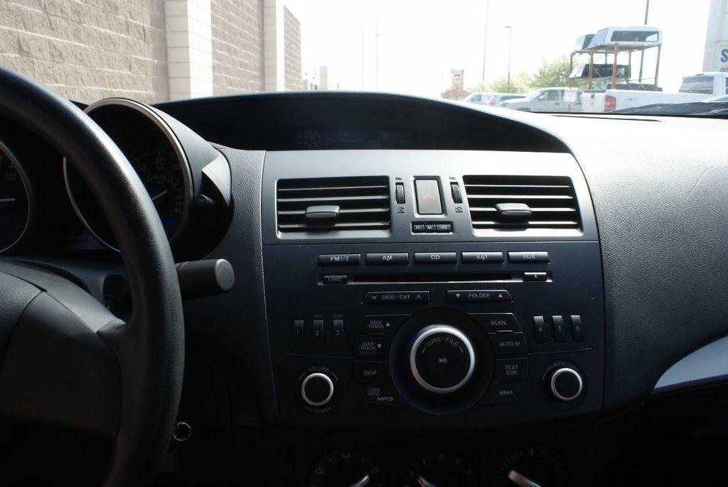 2012 Mazda Mazda3 4dr Sedan Automatic i Sport - 14976529 - 18