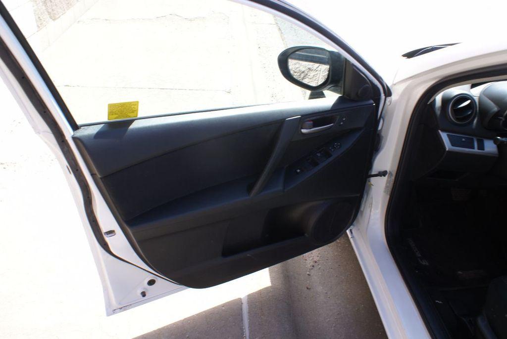 2012 Mazda Mazda3 4dr Sedan Automatic i Sport - 14976529 - 32